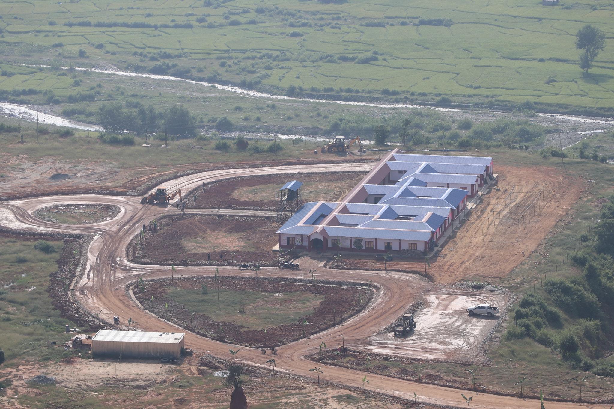 सिम्ता गाउँपालिकाको प्रशासनीक भवन भोली उद्घाटन हुँदै । ( १० तस्वीर)